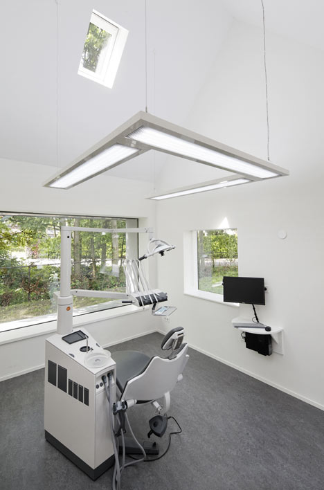dezeen_Dentist-with-a-View-by-Shift-architecture-urbanism_14a