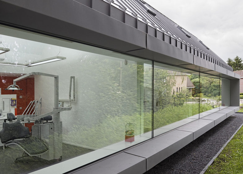 dezeen_Dentist-with-a-View-by-Shift-architecture-urbanism_ss_3