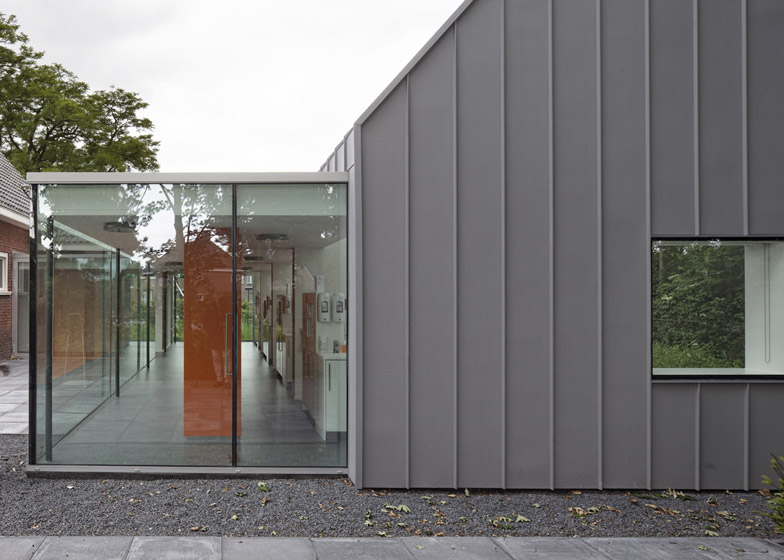 dezeen_Dentist-with-a-View-by-Shift-architecture-urbanism_ss_5